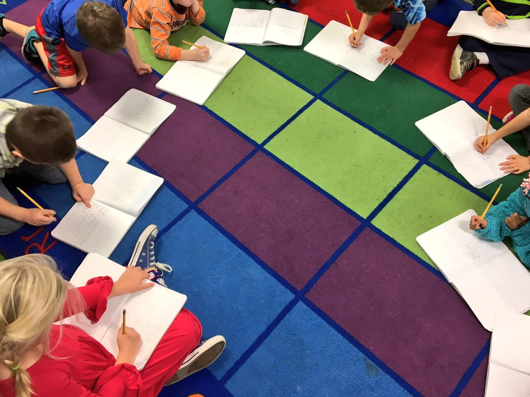 Combination classes? Multi-age classes? Whatever you call them, they're a challenge! See how Catherine Reed structures her K/1 classroom and makes it work!